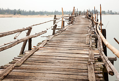 Fototapeta Old Wooden Bridge 24764